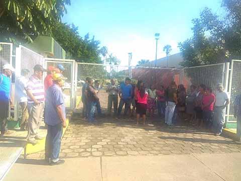 Se Incrementan Protestas por Pésimo Servicio que Presta la CFE