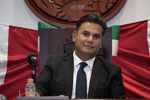 Willy Ochoa Deja el Congreso