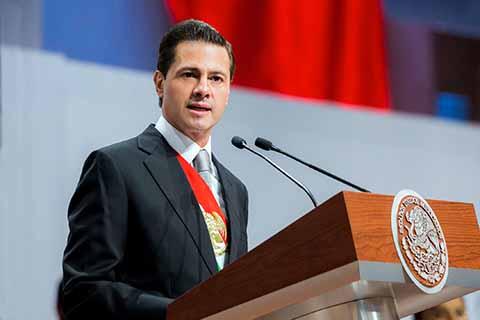 Acompañado por miembros de su gabinete y gobernadores, el presidente de la república Enrique Peña Nieto, destacó logros en su sexto y último informe de gobierno.