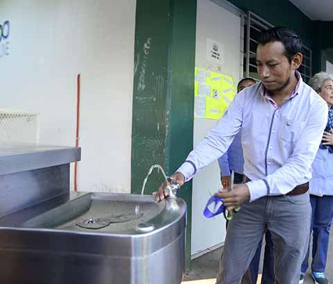 Inauguran Bebedero Estudiantil en Prepa Cacahoatán