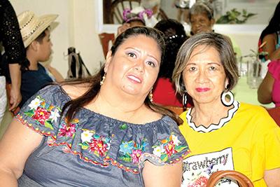 Yadira Cruz, Adelina Chang.