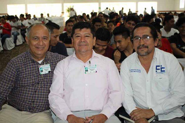 Adolfo Morales, Saúl López, Hipólito Pérez.