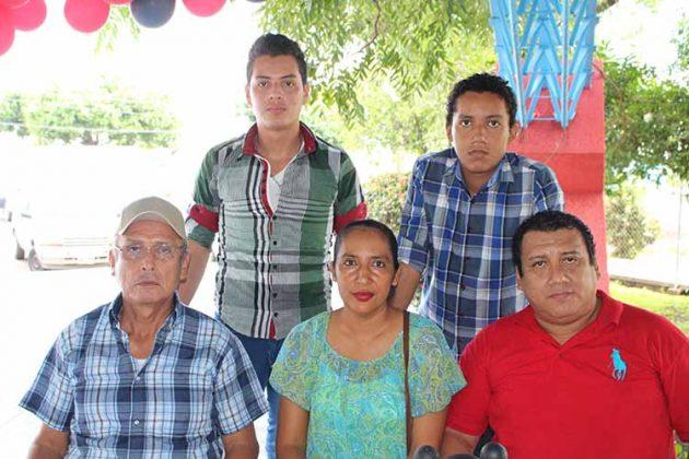 Familia Zavala.
