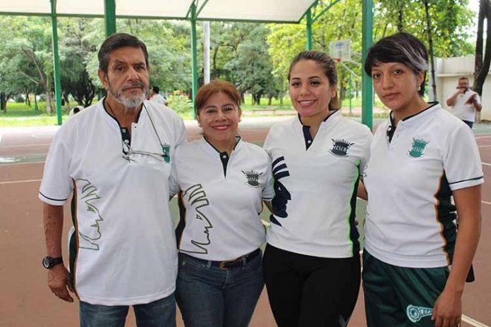 Francisco Muñoz, Fanny, Daniela López, Ruth Hernández.