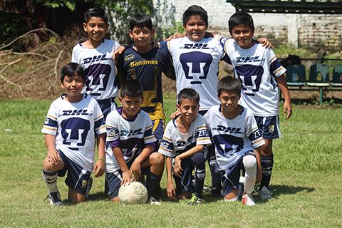 Pumas Vence 2-0 a Coga