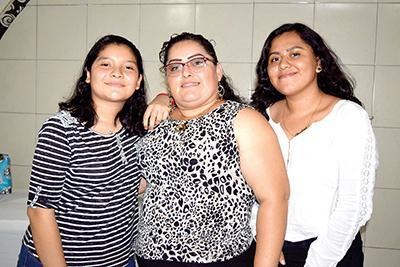 Angélica Cárdenas, Angélica González, Paulina Cárdenas.