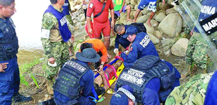 Rescatan a Hondureño que se Ahogaba en el Río