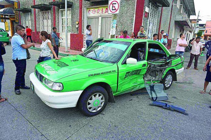 Taxista Provoca Accidente
