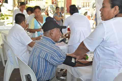 Suman Más de 300 Mil Personas Atendidas en las Jornadas Sociales Itinerantes: Segob