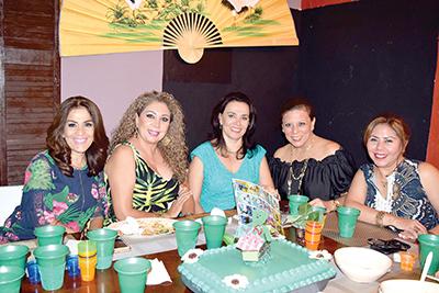 Pilar Fernández, Esperanza D´Aquino, Maru Cruz Toledo, Erika Lemberg, Ana Bertha Escobar.
