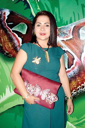 Liliana Constantino Liy.