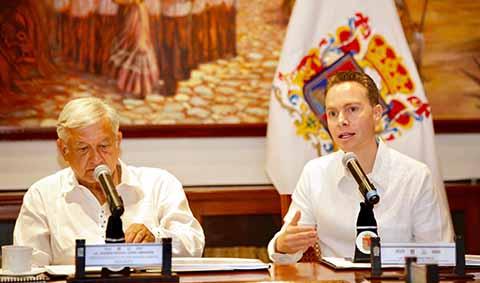 El Gobernador Manuel Velasco, sostuvo su respaldo al proyecto impulsado por AMLO, ya que dijo estar convencido que se van a detonar las inversiones, los empleos, el turismo, el comercio, y sobre todo, el desarrollo en las comunidades.