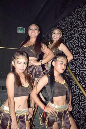 """Diana Domínguez, Regina Maldonado, Lissy Carbajal, Carolina Sarmiento, """"diosas de troya"""" participaron con una coordinada coreografía."""