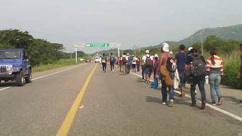 Avanza Caravana Migrante en Oaxaca