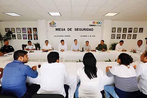 El Gobernador exhortó a las y los Presidentes a trabajar en coordinación con autoridades federales y estatales.