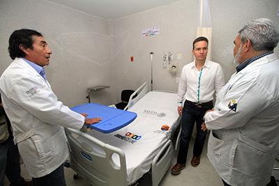 Con el rescate de Hospitales, Clínicas y Centros de Salud, el Gobernador Manuel Velasco Coello señaló que la ciudadanía es atendida con mayor eficacia, con médicos y enfermeras más capacitados.