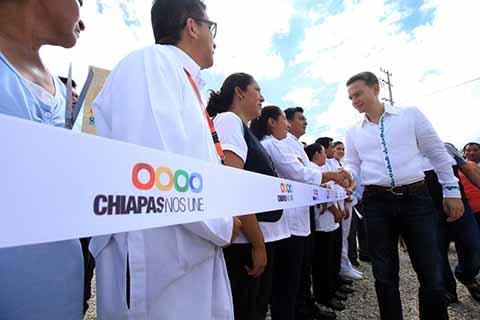 Inaugura Velasco Nuevo Centro de Salud con Servicios Ampliados en Tumbalá