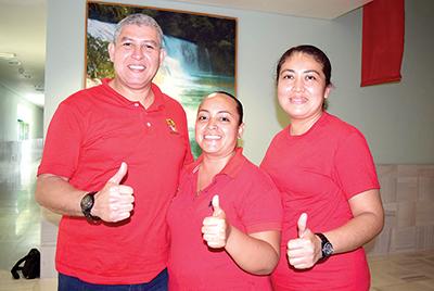 Javier Labourdet, Cesia Bahamaca, Eliabet Peña.