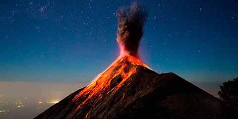 """""""Volcán de Fuego"""" en Guatemala Reinicia Actividad Con Erupciones"""