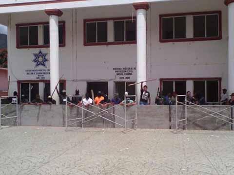 3 Heridos en Disturbios Ocurridos en Bochil