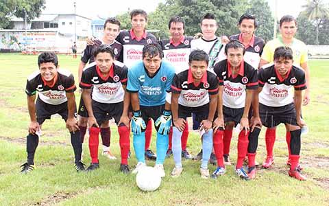 Silver Golea 7-0 a UNAM