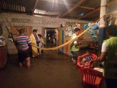 Lluvias Causan Inundación en Viviendas de Huehuetán