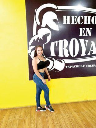 Riccy Johana Santos, 16 años.