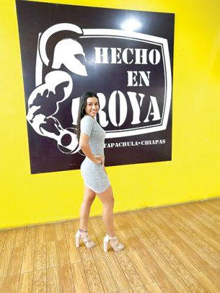 Naomy Espinoza, 17 años.