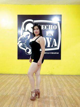 Diana Mendoza, 19 años.