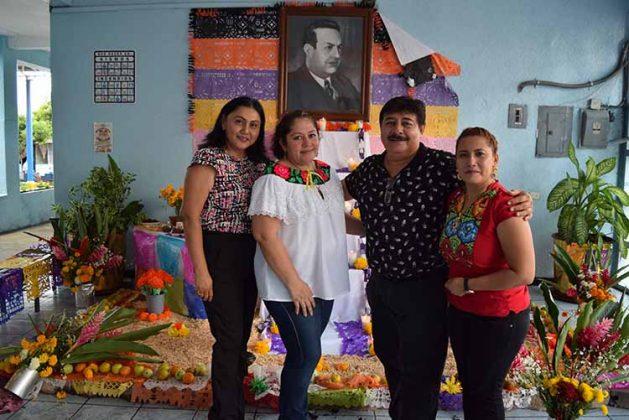 Verónica Cigarroa, Esther Lugo, Idgar Domínguez, Adalid Ovalle.