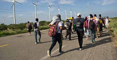 Detiene el INM a 160 Hondureños de la Segunda Caravana