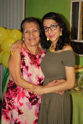 Vicky Ortiz, Mayela Ramos.