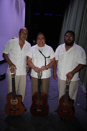 Saúl Garay, Héctor Cid, Raúl Gutiérrez.