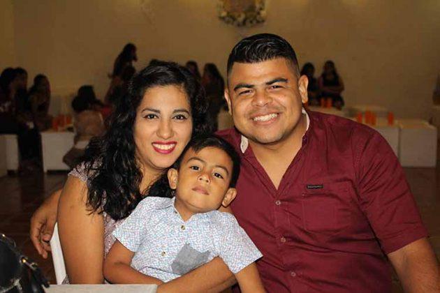 Familia Antonio Salazar.