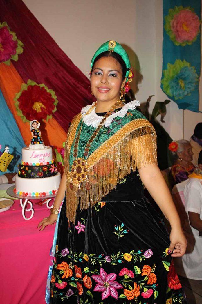 Carmen Espinosa.