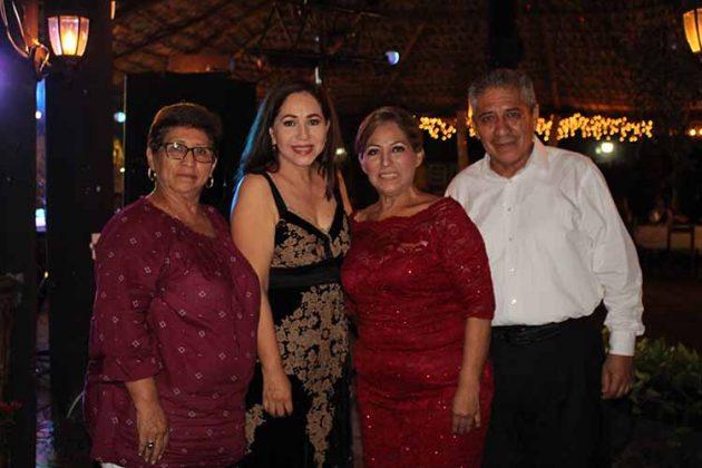Victoria, Rita, Patricia, Isaías Bamaca.