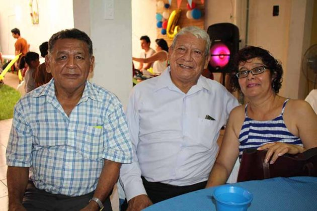 Jorge Reyes, Adolfo Reyes, Mónica Molina.
