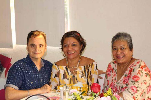 Saúl Guzmán, Belsa Ruiz, Margarita Zarate.