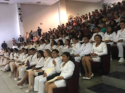 "Egresa Primera Generación de la Facultad de Medicina Humana ""Dr. Manuel Velasco Suárez"""