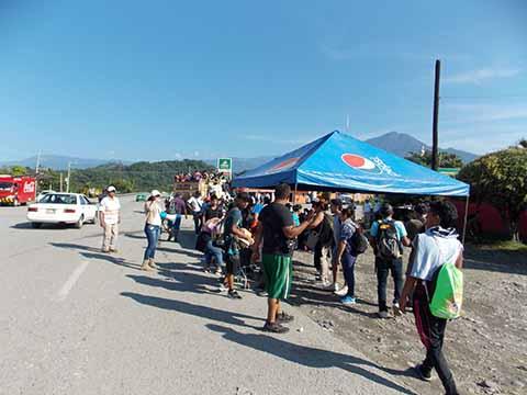 Llegada Masiva de Migrantes Puso en Tensión al Pueblo de Escuintla.