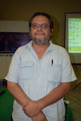 Jorge Flores Saldaña.