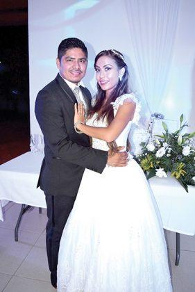 Reynaldo & Adriana.
