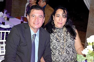 Jorge Nieto, Vero Hermosillo.