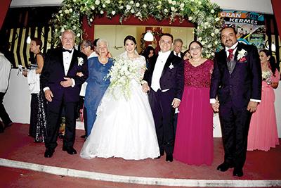 Carlos Bastida, Isabel Domínguez, Nora Guerrero, Carlos Bastida, Nora Velázquez, José Luis Guerrero.