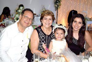 Joel Martínez, Guadalupe Cortazar, Isabella Cadenas, Jazmín Ruiz.