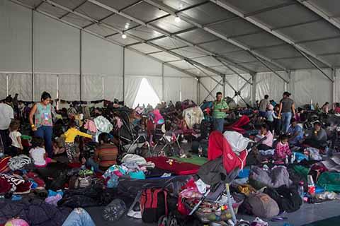 Permanecen en Albergue de la CDMX 4 Mil Migrantes: Amieva