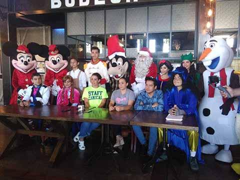 Para niños con cáncer ingresos de la obra de teatro Mágica Navidad