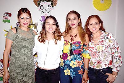 Diana Villanueva, Alondra García, Elizabeth Santos, Valentina Montoya.