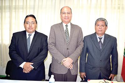 Los sinodales: Martín Nájera, vocal; Miguel Morga, secretario; Alberto Bonilla, presidente.