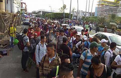 Migrantes Rechazan Refugio en México